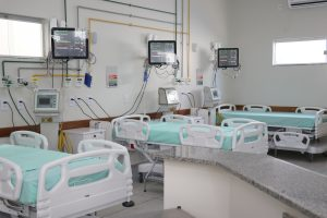 + 10 LEITOS DE UTI  PARA O HOSPITAL REGIONAL DE LUZIÂNIA.
